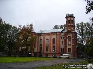 Współczesne zdjęcie kościoła